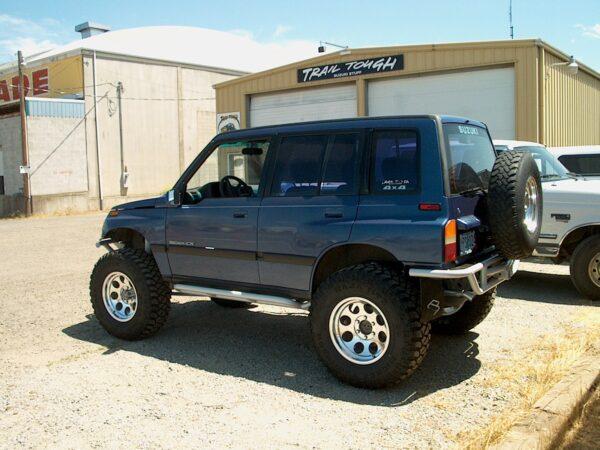 Suzuki Sidekick / Geo Tracker Rear Bumpers, 4 Door